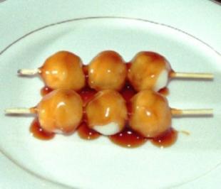 """""""Shiratama-Dango"""" Klebereisklößchen mit Sesamsoße - Rezept"""