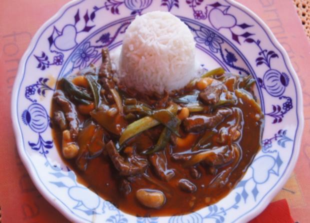 Rindfleisch mit Cashewkernen und Basmati Reis - Rezept - Bild Nr. 5850