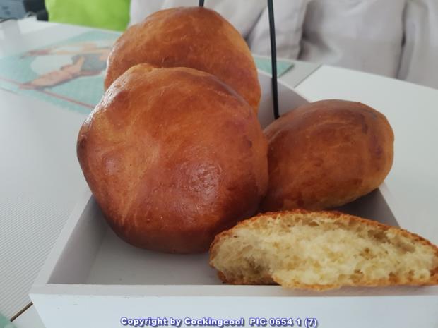 """Oma Löffel`s Brötchen = """"Milchbrötchen"""" so wie sie früher geschmeckt haben - Rezept - Bild Nr. 5891"""