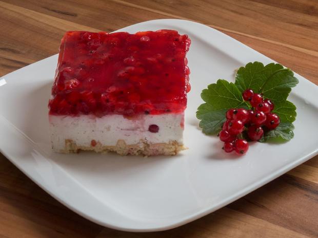 Kuchen ohne backen: Johannisbeer-Quark-Joghurt-Schnitten - Rezept - Bild Nr. 5888