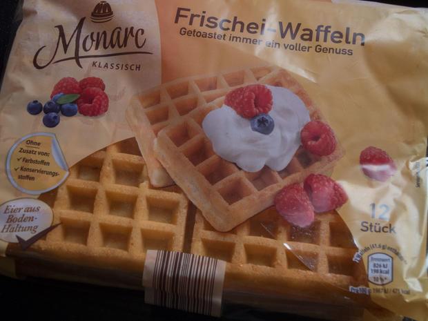 Kuchen ohne backen: Johannisbeer-Quark-Joghurt-Schnitten - Rezept - Bild Nr. 5889