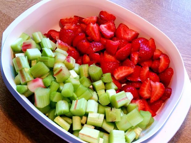 Konfitüre von Rhabarber mit Erdbeeren und Vanille - Rezept - Bild Nr. 5902