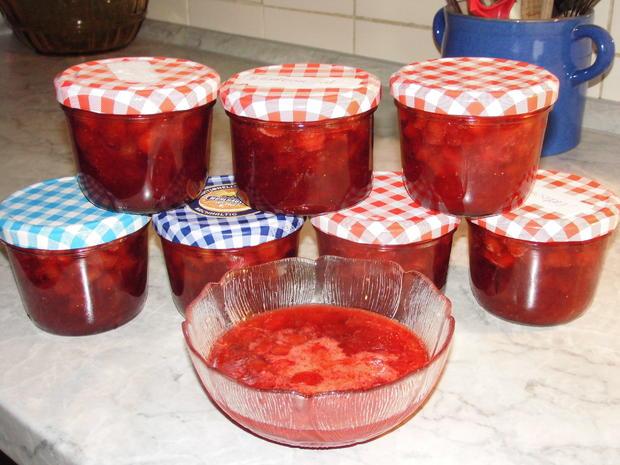 Konfitüre von Rhabarber mit Erdbeeren und Vanille - Rezept - Bild Nr. 5908