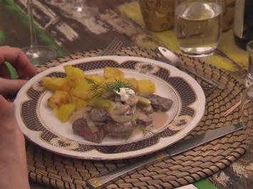 Rezept: Stroganoff mit frittierten Kartoffeln