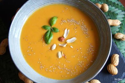 Zitronige Süßkartoffel-Erdnuss-Suppe - Rezept - Bild Nr. 2