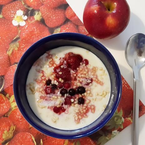 Porridge / Haferbrei mit Mandeln und Früchten - Rezept - Bild Nr. 2