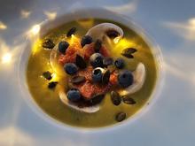 Grüne Spargelcrèmesuppe mit Feigen und Kürbiskernen - Rezept - Bild Nr. 5957