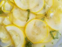 """Süss-Sauer eingelegte """"rohe Zucchini"""" aus dem Garten - Rezept - Bild Nr. 6041"""