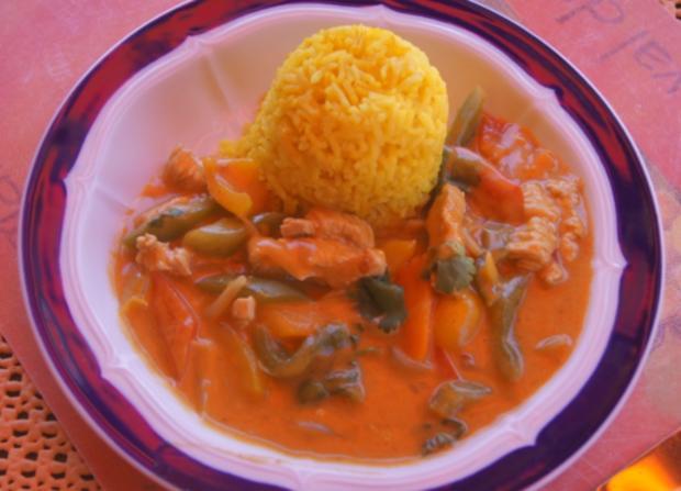 Thailändisches rotes Curry mit gelben Basmati Reis - Rezept - Bild Nr. 6054