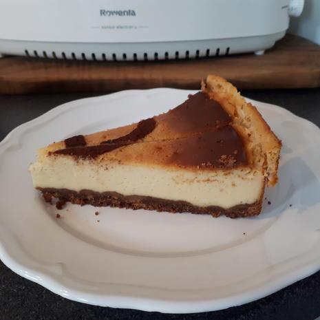 Josy's Cheesecake .. mit Zimt-Keksboden! - Rezept - Bild Nr. 6041