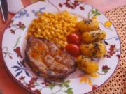 Schweinenackensteak mit Buttermais und Gewürz-Kartoffeln - Rezept - Bild Nr. 6060