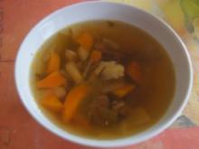 Kräftige Rindfleischsuppe mit Gemüse - Rezept - Bild Nr. 2