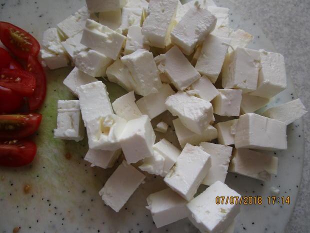 Die nächste Vitaminbombe mit Zucchini, Tomaten und Feta-Käse - Rezept - Bild Nr. 6066