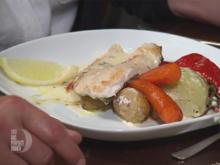 Filet vom Saibling an Fenchel-Paprika-Gemüse mit Limetten-Kresse-Soße und Kartoffeln - Rezept - Bild Nr. 2