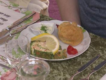 Rezept: Lachsroulade / Windbeutel mit Krabben