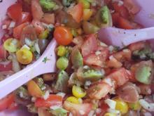 Tomatensalat schnell zubereitet und im Geschmack sehr erfrischend - Rezept - Bild Nr. 6111