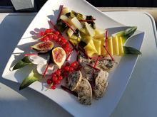 Putenbrust mit Pak-Choi, Früchten und Rote Beete-Sticks - Rezept - Bild Nr. 6147