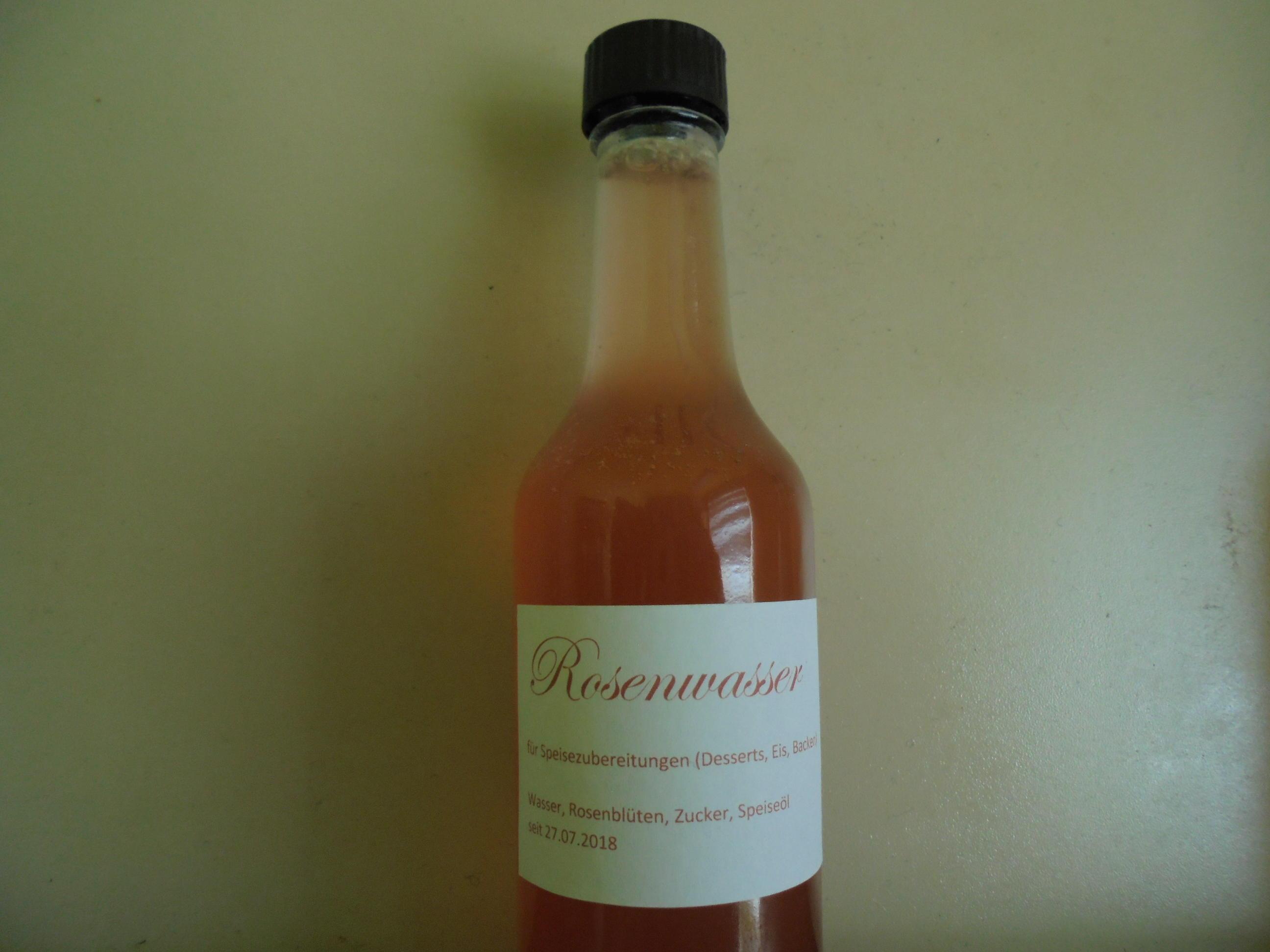 Rosenwasser, gezuckert - Rezept von Kochecke48