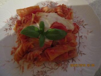 Cremiger Auflauf mit Tomaten/Nudeln und Mozzarellla - Rezept - Bild Nr. 6163