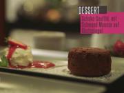 Schmand-Mousse auf Erdbeerspiegel und Schokosoufflé - Rezept - Bild Nr. 6221