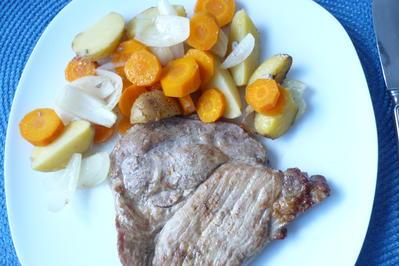 Schweinenacken mit Backhaus - Kartoffeln - Rezept - Bild Nr. 2