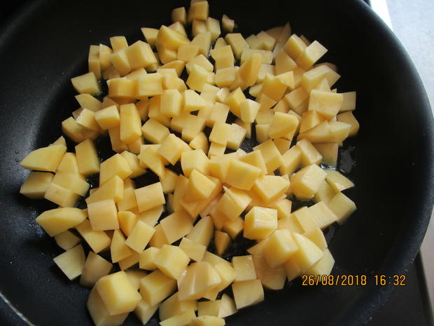 hackauflauf aus: zucchini, paprika, tomaten und kartoffeln - Rezept - Bild Nr. 6249