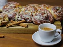 Zimtschnecken oder Cinnamon Rolls mit Topping - Rezept - Bild Nr. 6246