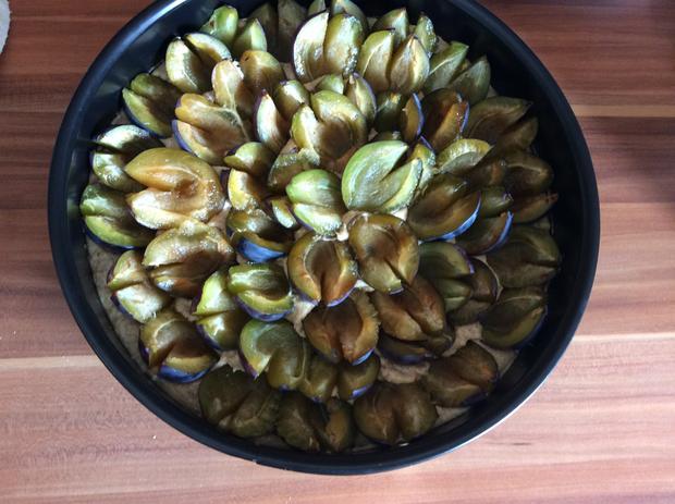 Pflaumenkuchen oder Kirschkuchen mit Marzipan  - Rezept - Bild Nr. 6258