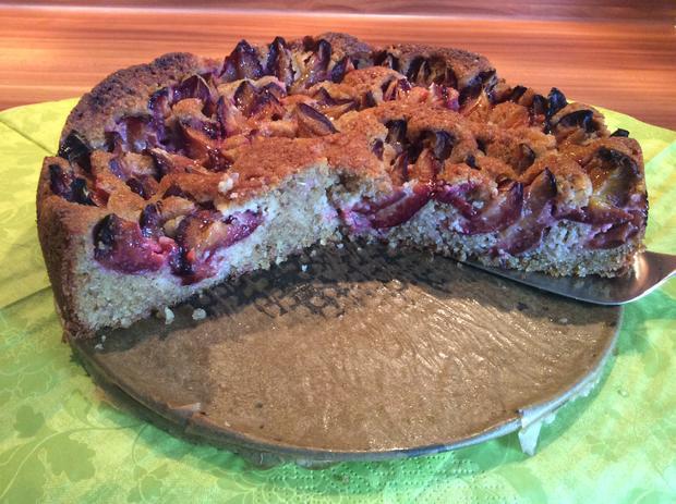 Pflaumenkuchen oder Kirschkuchen mit Marzipan  - Rezept - Bild Nr. 6260