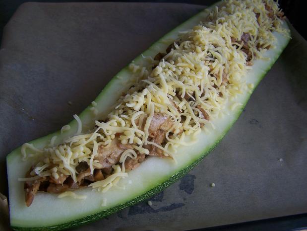 Ein Traum von einer Zucchini gefüllt - No. 2 - Rezept - Bild Nr. 6279