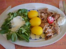 Pulled Pork mit gelben Kartoffeln und Feldsalat - Rezept - Bild Nr. 6268