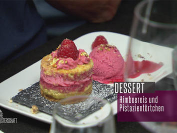 Rezept: Törtchen met Pistazien an iesicher Himbeer-Limetten-Crème