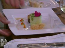 Jakobsmuschel auf Belugalinsen mit Gurkenschaum und Shrimp - Rezept - Bild Nr. 2