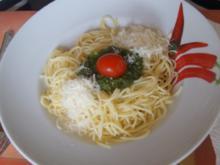 Spaghetti mit Pesto Genovese - Rezept - Bild Nr. 2
