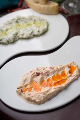 Paprika - Käse - Brotaufstrich nach ukrainischer Art - Rezept - Bild Nr. 6365