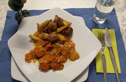 Hack-Kartoffelspalten mit Curry-Möhren - Rezept - Bild Nr. 6374