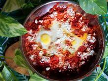 Frühstück: Rote-Bete-Shakshuka mit Linsen - Rezept - Bild Nr. 2
