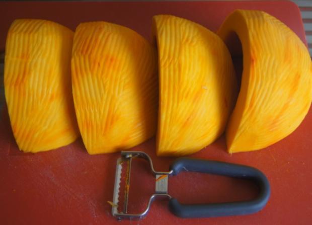 Pikante Kürbiscremesuppe mit Garnelenspieß - Rezept - Bild Nr. 6395