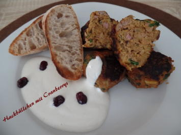 Hackbällchen mit Cranberrys und Joghurt-Tahini-Sauce - Rezept - Bild Nr. 6424