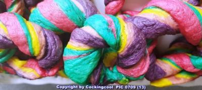 Rezept: Oma Löffel`s Kleingebäck = Regenbogen Bagel`s  (die süsse Variante)