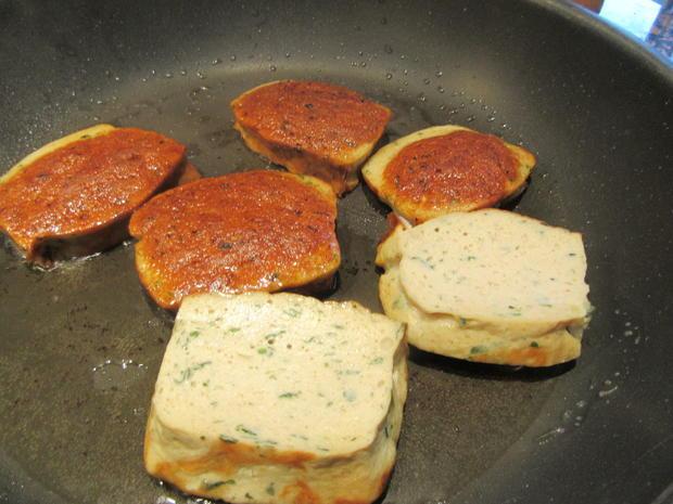 Fleisch: Gebackene Weißwurst mit Brez´nknödeln und Senfsoße - Rezept - Bild Nr. 6606