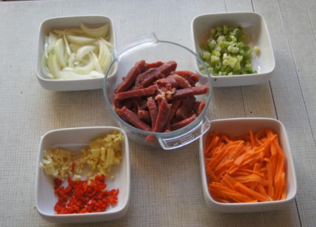 Chinesisches Rindfleisch mit Gemüse und Basmati Reis - Rezept - Bild Nr. 6