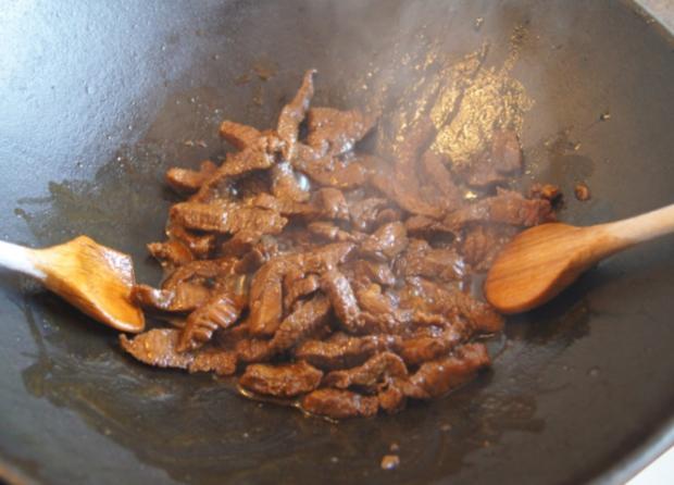 Chinesisches Rindfleisch mit Gemüse und Basmati Reis - Rezept - Bild Nr. 8