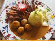 Ente auf Gemüsebett mit Erdnusssauce, Champignons und gelber Basmatireis - Rezept - Bild Nr. 2