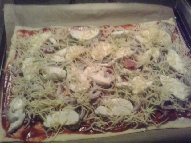 Pizza, handmade - Rezept - Bild Nr. 6647