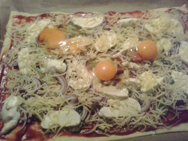 Pizza, handmade - Rezept - Bild Nr. 6648