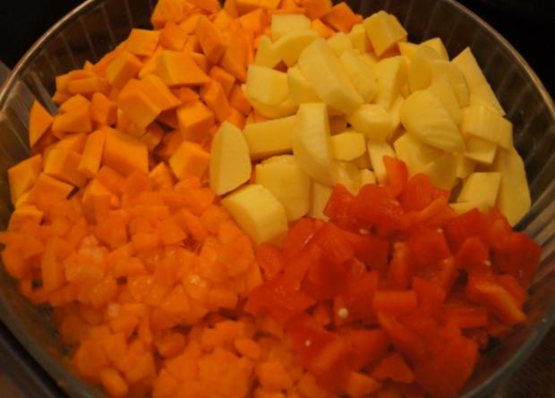 Kürbis-Gemüse-Eintopf mit Schinkenwürfeln - Rezept - Bild Nr. 6666