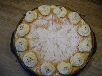Hier die fertige Torte , Käse- Sahne- Torte - Rezept - Bild Nr. 6685