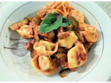 Tortelini - Bolognese - Rezept - Bild Nr. 6862