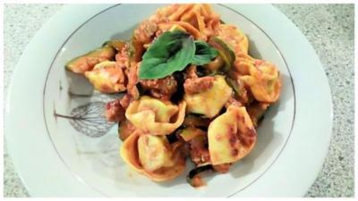 Rezept: Tortelini - Bolognese